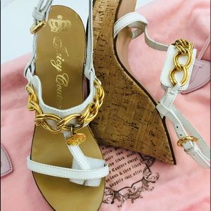JUICY COUTURE Patent Leather Gold Chain Cork Wedge